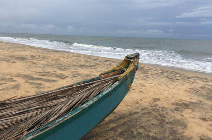 La plage près du centre Ayurveda Rajah Beach